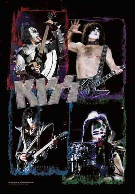 kiss portraits flag